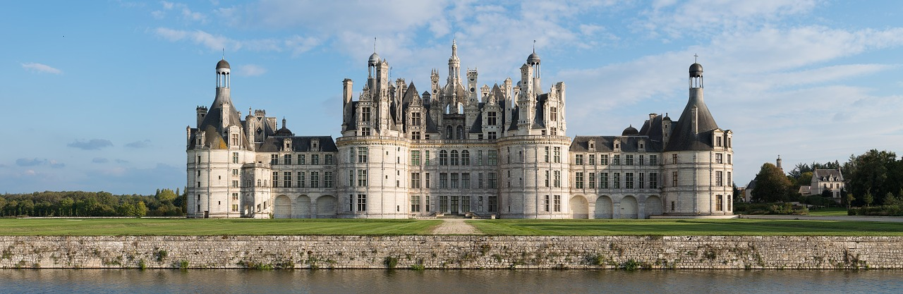 chateau-chambord-1088272_1280